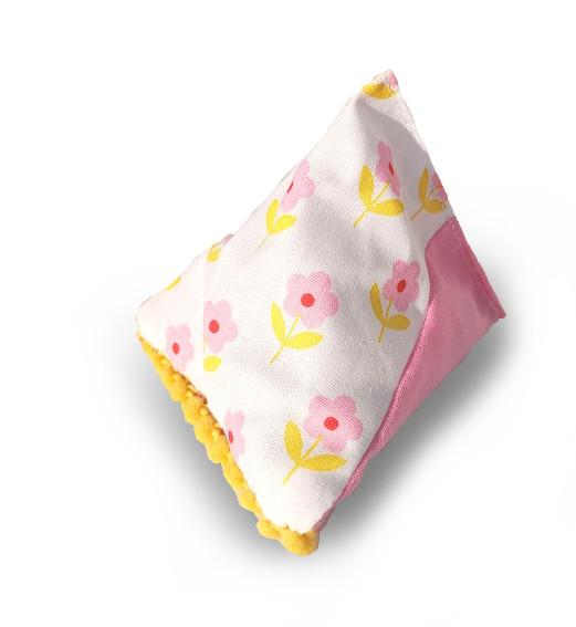 Duftpyramide Lavendel, rosa mit Blüten bewahrt den Duft frisch gewaschener Wäsche