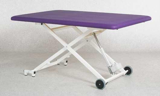 "Therapieliege ""Modell X"" einteilig Fußhydraulik"